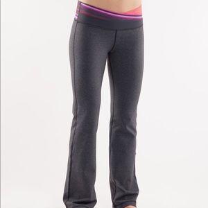 Lululemon grey Astro pant pink red waist flare